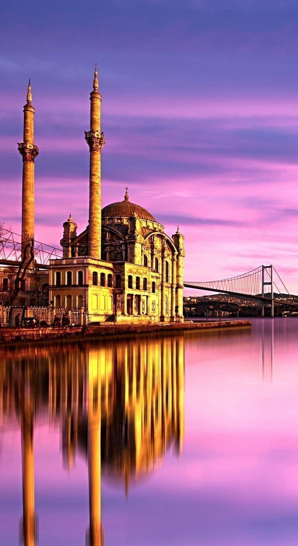 Ortakoy Mosque , Istanbul Turkey   Istanbul Travel Tips