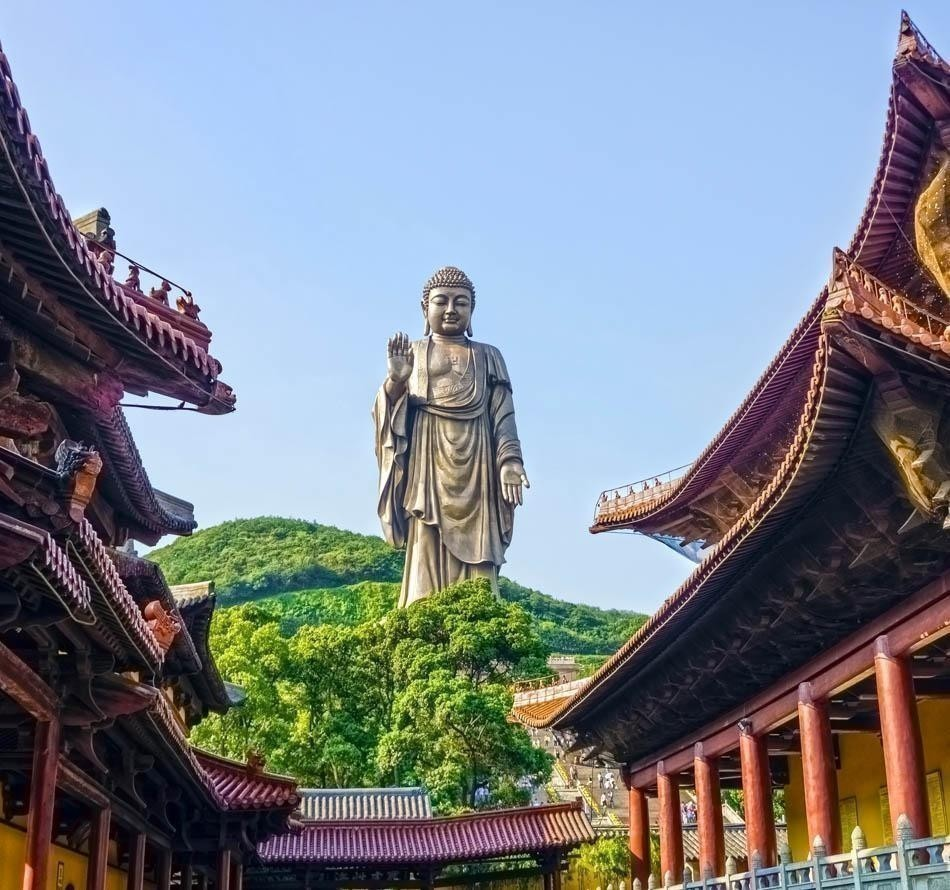 The Grand Buddha statue at Ling Shan is one of the largest Buddha statues in China and also in the World. | China Travel Guide