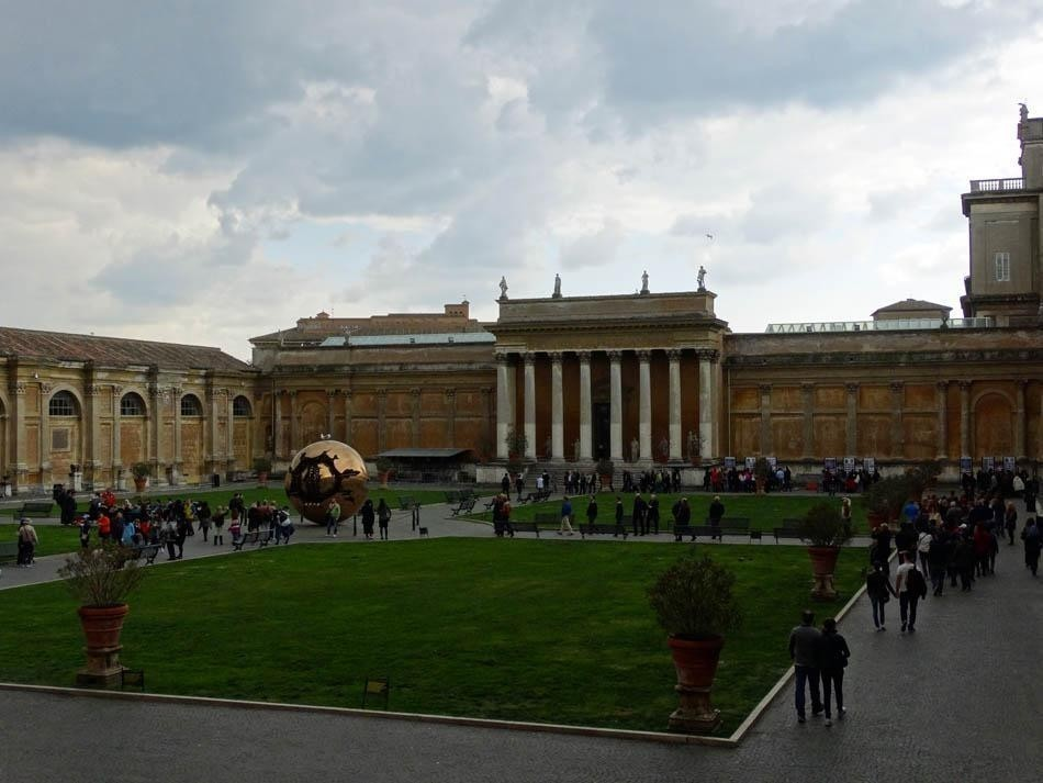 Vatican Museums | What to do in a rainy day in Rome - the Eternal City