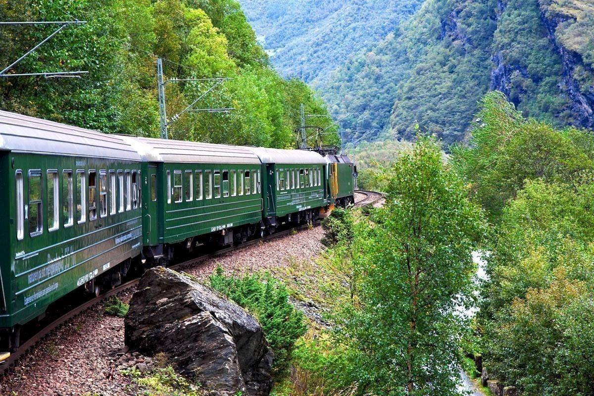 By train across Norway mountains | Norway Travel Guide