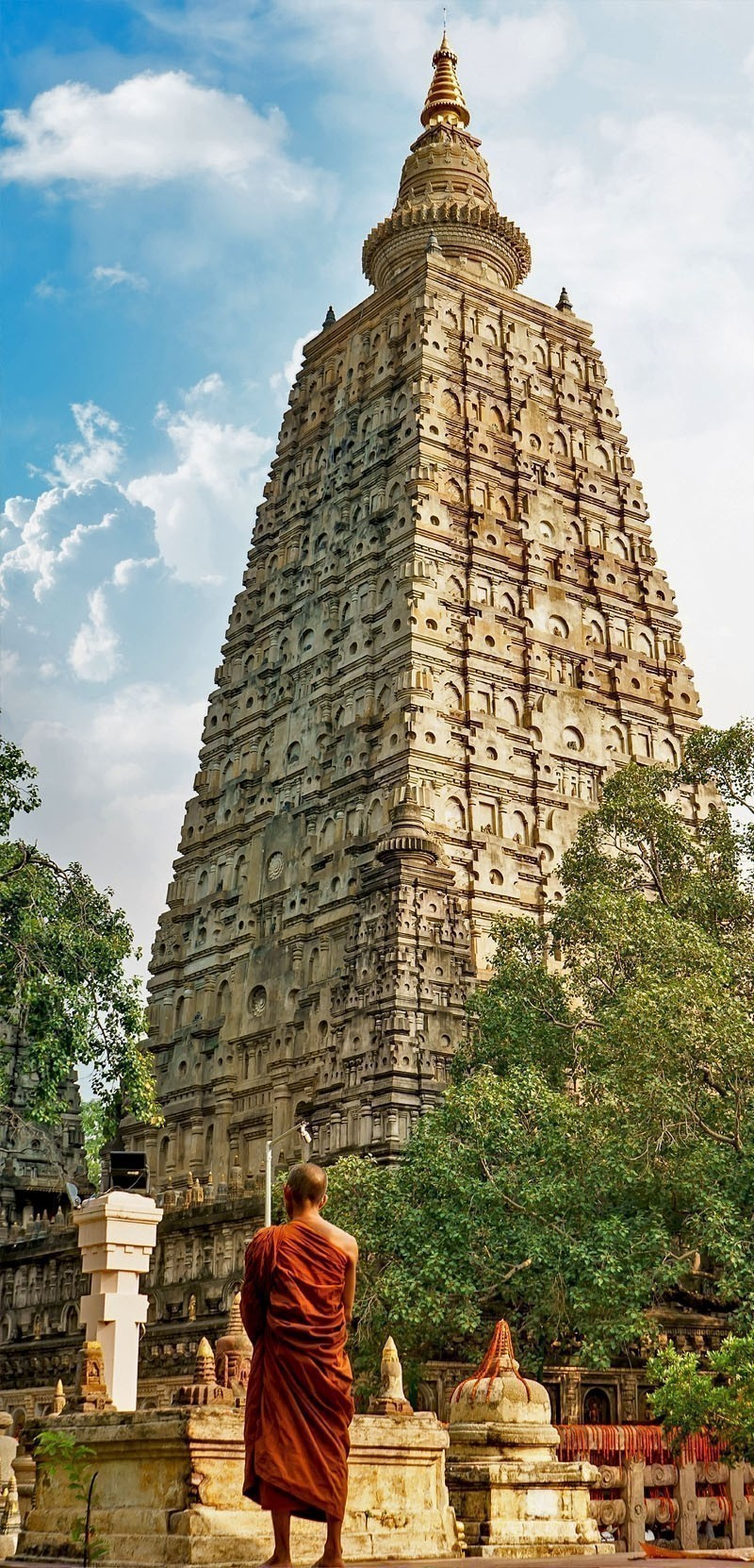 Bodhgaya is Public Buddhism landmark in India, The place Buddha attained enlightenment | Your Complete Travel Guide to India