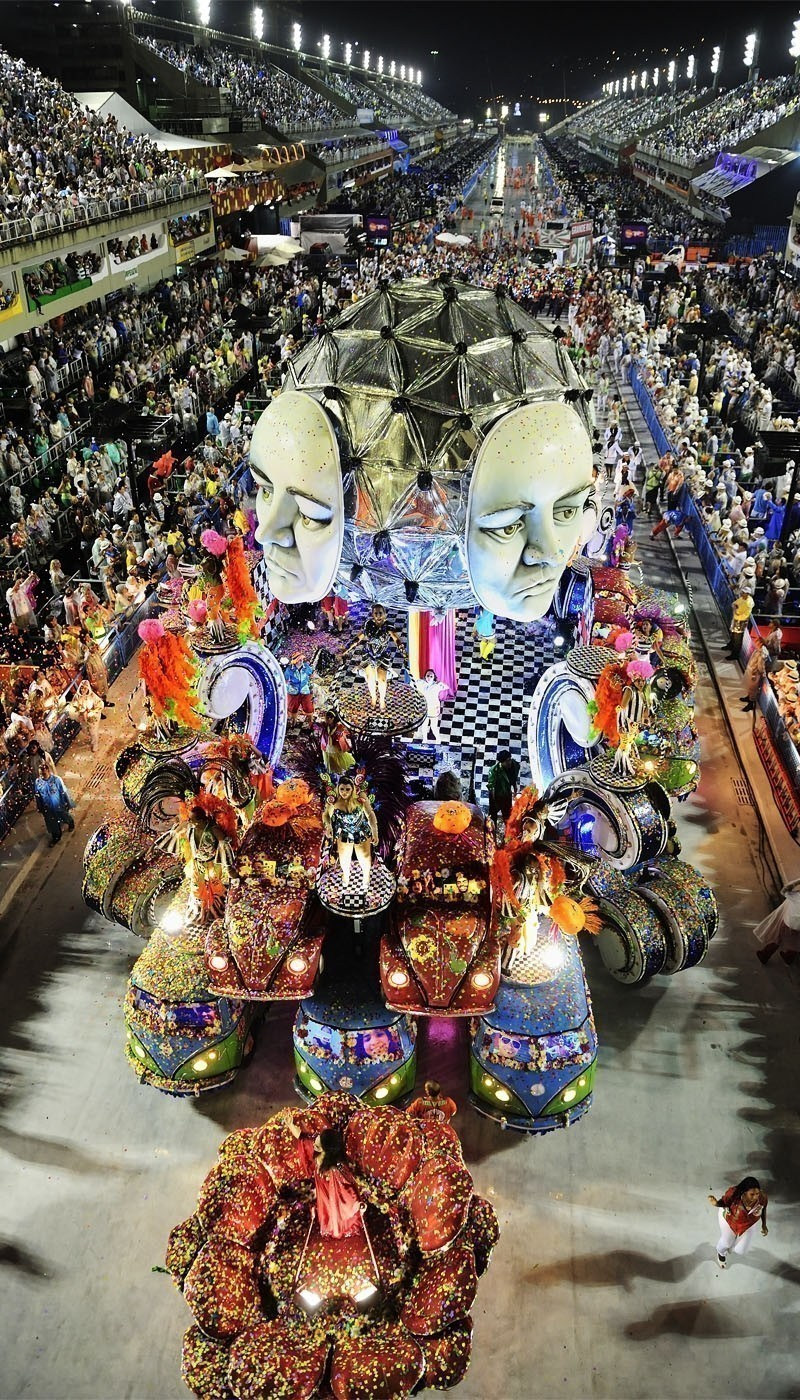 One of the most amazing festivals in the world, the Carnaval in Rio de Janeiro | TOP 10 World Legendary Festivals You Don't Want To Miss