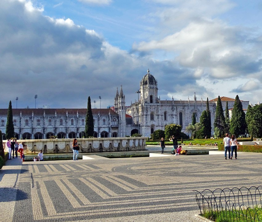 Mosteiro dos Jeronimos, Lisbon | 11 Must-See attractions in Portugal