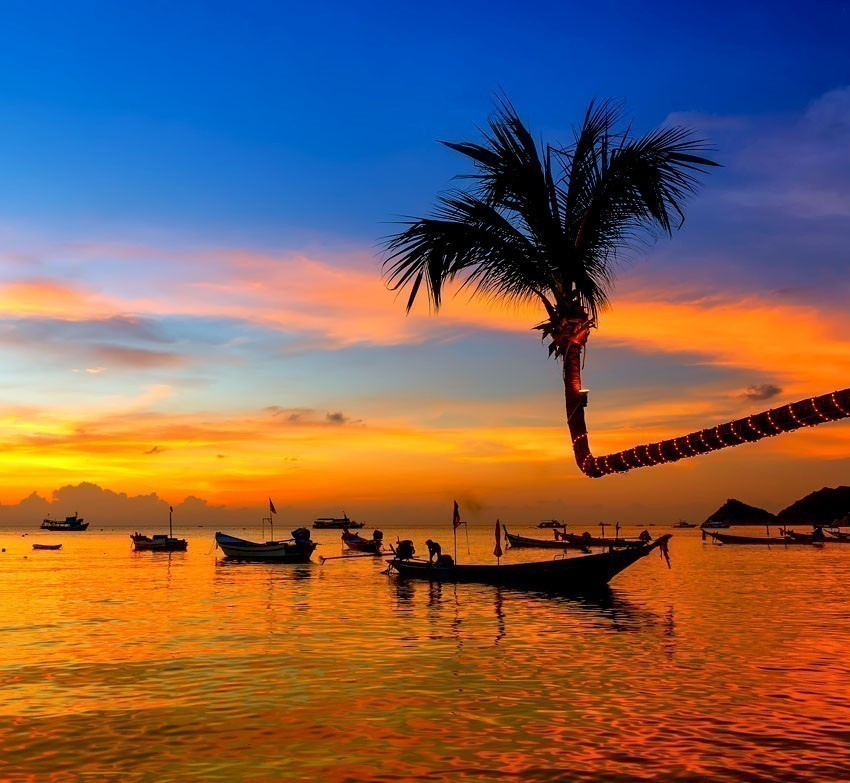 Beautiful sunset on the beach, Koh Tao, Thailand | 10 Best Places To Go For Your Honeymoon