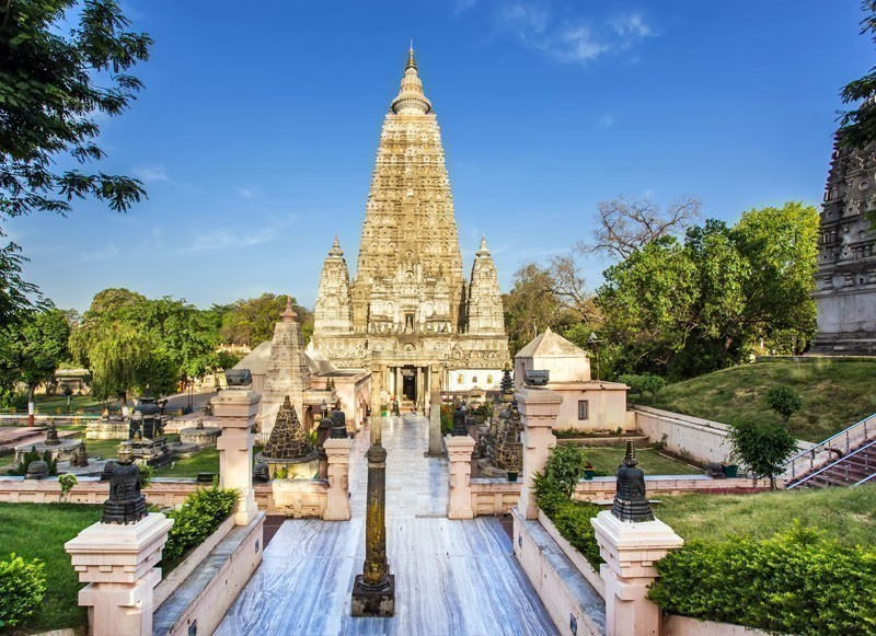 One of the most famous and holy Buddhist temples around the world, Mahabodhi temple is located at the same premise in India where Prince Gautama attained the enlightenment under the Bodhi Tree | 10 Famous Buddhist Temples in the World You Must Visit