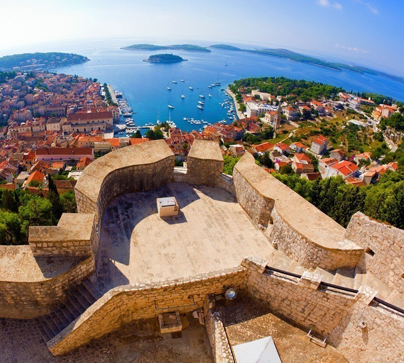 Fisheye view of the city of Hvar    |    10 Top-Rated Tourist Attractions in Croatia