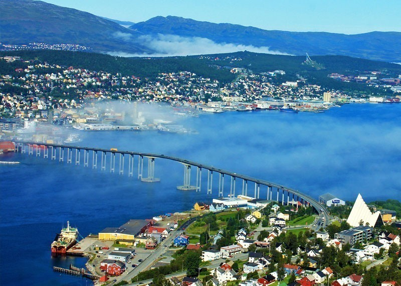 Panorama of Amazing Tromso city | 10 Top-Rated Tourist Attractions in Norway