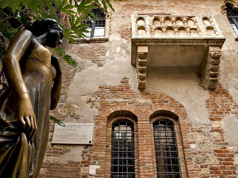 Juliet's Houseb in Verona, the house belonged to the Dal Cappello family | What to Do in Verona in 3 Days