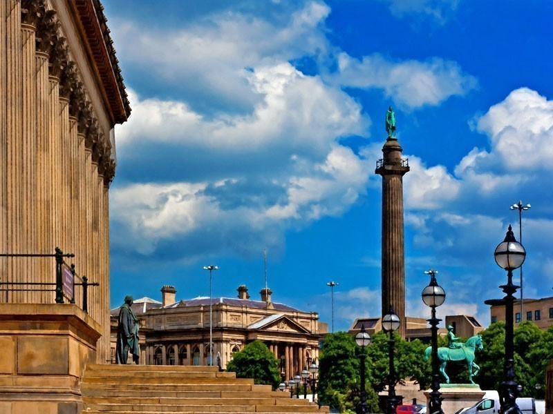 Historic buildings in William Brown Street Liverpool, UK | What to Do in Liverpool in 3 Days
